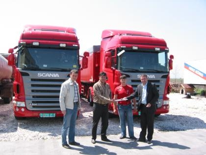 Agri M made the first delivery of 5 new Scania tractor units